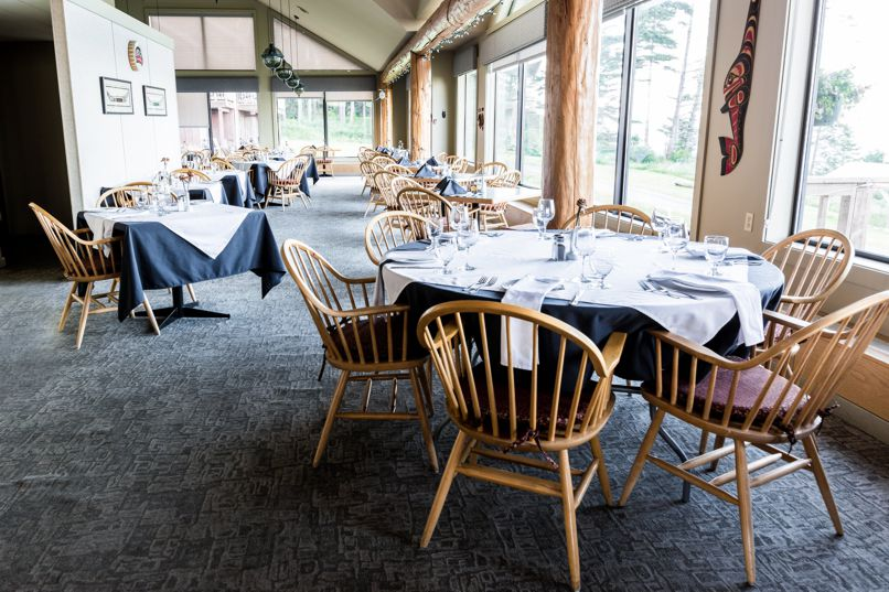 Cape Mudge Resort, Quadra Island, restaurant dining